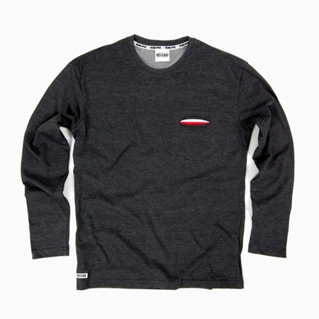 T-shirt with a hidden pocket with a Polish flag motif - Discreet Collection - long sleeve